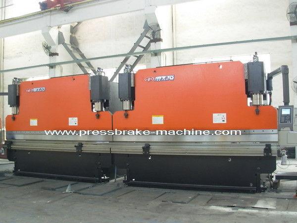 Bending Tandem Press Brake Equipment / Servo Hydraulic Press